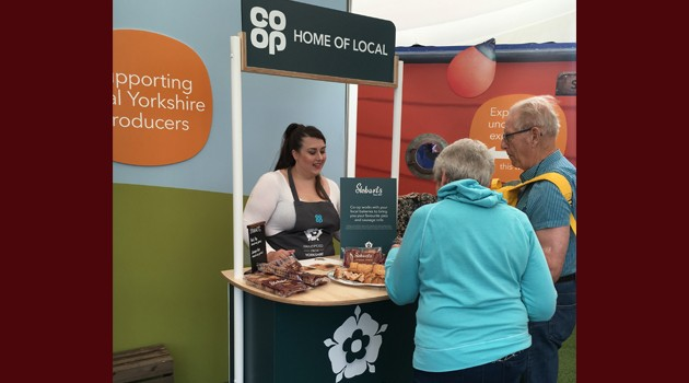 GREAT YORKSHIRE SHOW - STOBARTS SAMPLE AT CO-OPERATIVE FOOD STAND